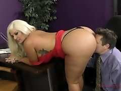 The Queen of Ass Takes A New Sub - Julie Currency