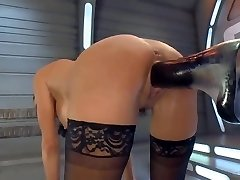 Squirting Orgasm on a Plumbing Machine
