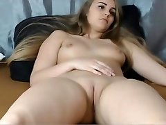 18yo big tits smooth-shaven pussy