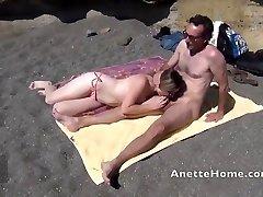 1fuckdatecom Getting Off a la plage avec am