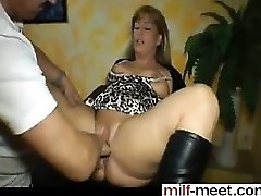 Chubby german MILF splatters while fisted - Pussy from MILF-ME