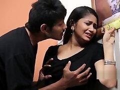 Teenage Dame Enjoying With Psycho Priyudu - Romantic Short Films
