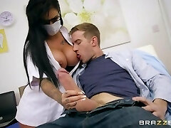 Brazzers - Dirty nurse Candy Sexton gets her tits throated