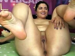 Sexy White Plumper on Webcam