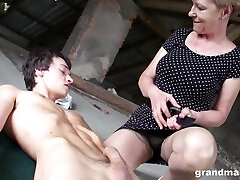 Senior woman with high fuck-fest drive Marta fucks one young man in public