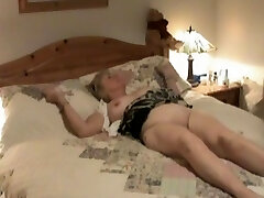 Hidden camera shows mature treated to oral orgy.