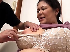Yam-sized Boobs Chubby Hairy Mature Has Sex Outdoor