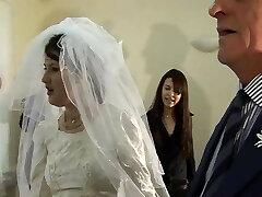 Tear Up The Bride. English Amateur