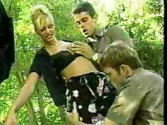 2 italian police officers fucking a prisoner in outdoor
