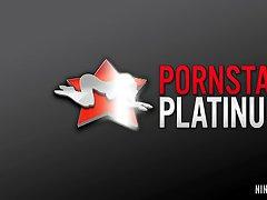 PornstarPlatinum - Nina Elle und Claudia Valentine-school-Mädchen