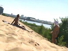 flash on the beach (2)