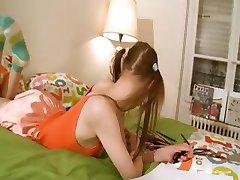 Fiesen Hausaufgaben der süßen babysitter