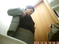 mamie 10 toilette