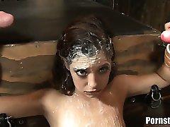Gigi Rivera Lesz Lezuhanyozott Annyi Rengeteg Cum