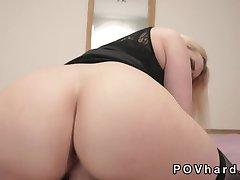 Natürlichen riesigen Titten blonde MILF POV blowjob