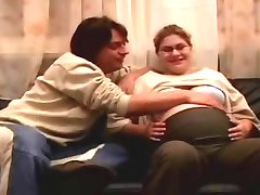 बदसूरत गर्भवती पाने मोटे तौर पर गड़बड़