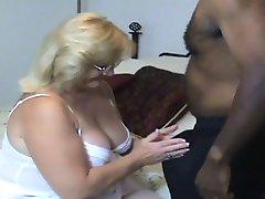 Zrela prihvatiti Bi-bi-si ejakulacije #1