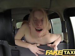 FakeTaxi Horny klient kutsub takso bluff