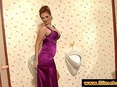 Busty赤毛が楽しいのgloryhole