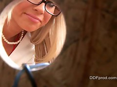 Glory Hole Cindy Dolar