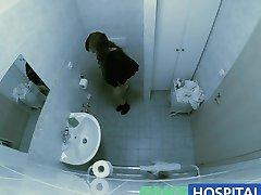 FakeHospital Sestra zvedie pacienta a má olizuje jej kundička