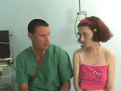 NIE je to moja Sladká neter Návštevy Lekára !