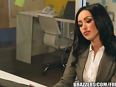 Brazzers - Breanne Benson Secretary Seduction
