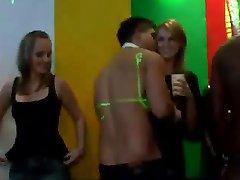 पार्टी में प्राग htclub