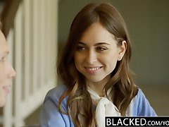 Een BLACK-Twee Tiener Meisjes Delen een Enorme BBC