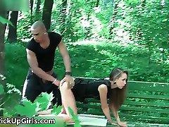 Lucky man neukt een bloedmooie brunette meisje onderdeel5