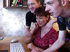 רוסית אמא 6