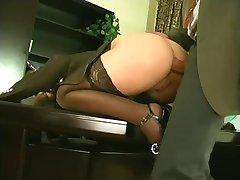 사무실른 섹스(Closed 여자,밑 여성)