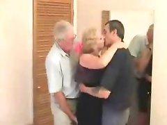 Zrel Swinger trio v hotelu