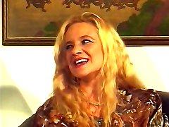 Bea Dumas DP & Fisting Orgie