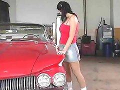 Karstā teen mācīja mācība par auto :D