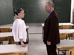 Беа и учитель tomi888