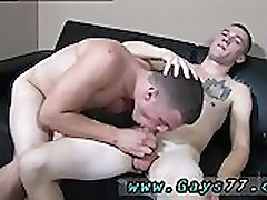 Gay guys who suck cock and swallow cum