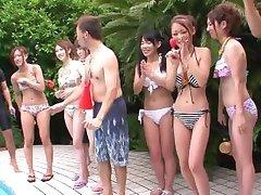 गर्मियों में लड़कियों के लिए 2010 Vol 1 Doki Onna Darake कोई Ero बिकिनी Taikai - 1 दृश्य