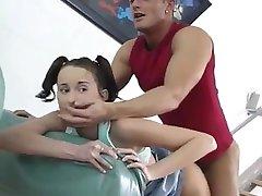 زشت دختران آلمانی برای اولین بار. پطریا از DATES25.COM