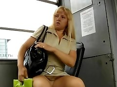 SOTTO LA GONNA, UPSKIRTS 126