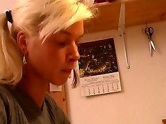 blondinka hči