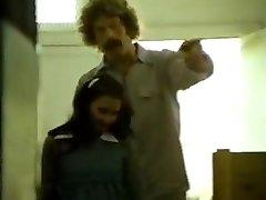 לין ליטופים מלון דן רוברטס, ג ' ואי Silvera בשנת הבציר