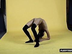 प्रतिभाशाली नंगा में मोज़ा