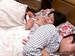 Miki Sato nipponjin rijpe vrouw