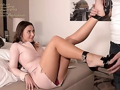julie skyhigh finest shoejob EVER in arched louboutin heels