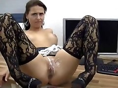 Magnificent Babe Gets Anal And Pussy Covered In Jizz !