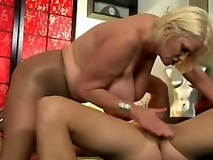 BBW Oma in Anale Scene 220.SMYT