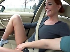 naughty-hotties netto - jen b i bil handling og