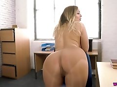 Horny secretary Beth is masturbating her yummy pussy in the office