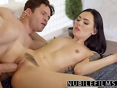Barnvakt Marley Brinx Hot Fuck Efter Frun Lämnar